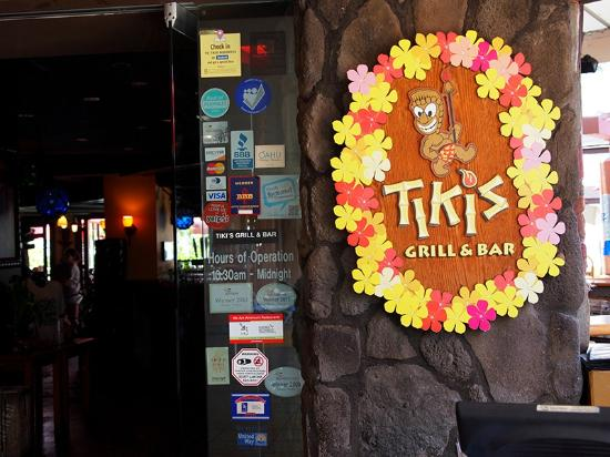 Tiki's Grill & Bar: Tikis glrill&bar