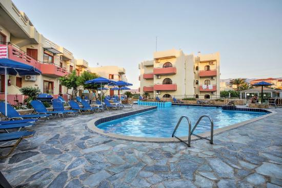 Photo of Paradise Apartments Kato Daratso