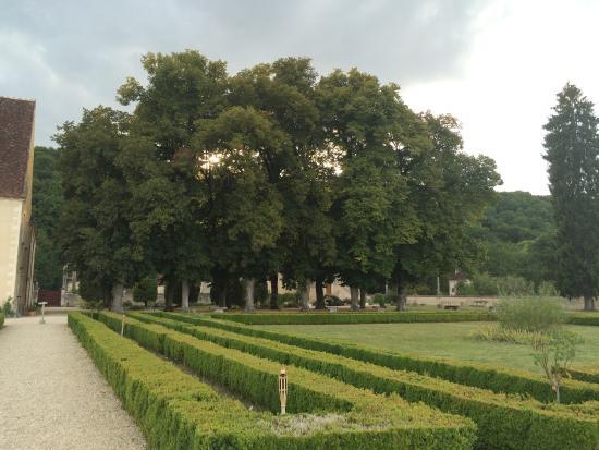 The Lovely Abbaye de Reigny
