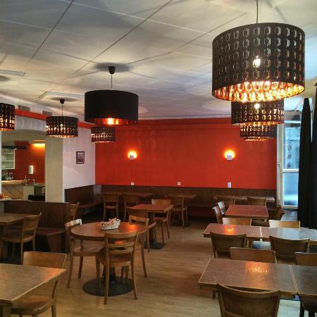 cafe restaurant le cercle de l 39 union la chaux de fonds restaurant avis num ro de t l phone. Black Bedroom Furniture Sets. Home Design Ideas