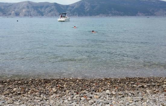Brzac, Croatia: Spiaggia magneli