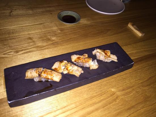 Akikos Restaurant Sushi Bar