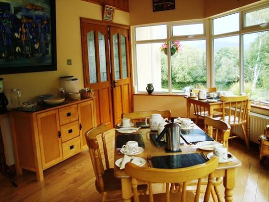 SheenView B&B: Breakfast Room