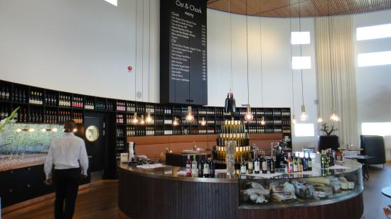 Nordic Sea Winery Showroom vinbar & restaurang