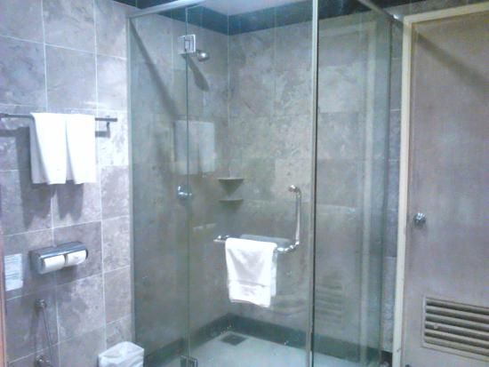 Separate Compartment For Shower Picture Of Grand DarulMakmur Hotel - Bathroom compartment