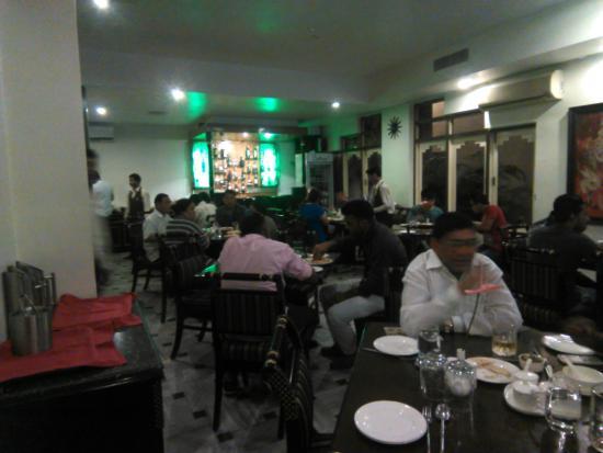 The Cindrella Hotel: Restaurant