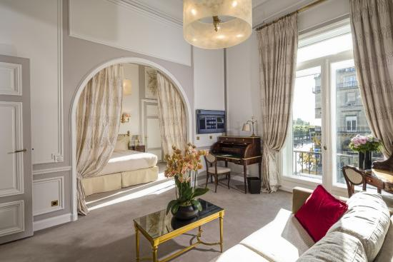 Regina Hotel: Suite Tour Eiffel