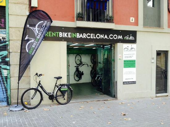 ‪Rent Bike in Barcelona‬