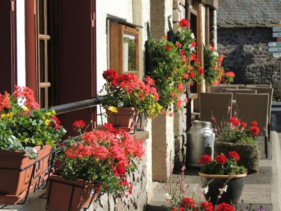 Hotel Restaurant du Plomb du Cantal: hôtel