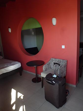 Iraklion Hotel: chambre