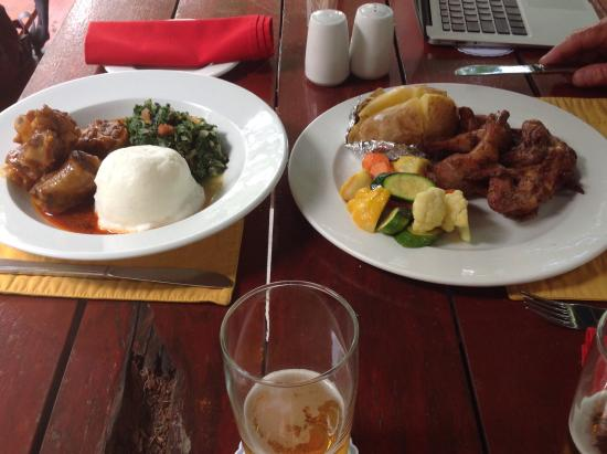Cresta Riley's Hotel : Our meals
