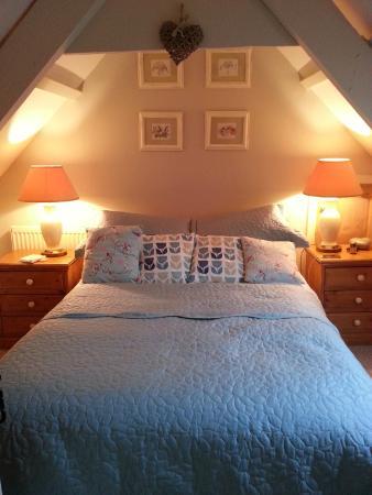 Culloden Farmhouse: Bedroom
