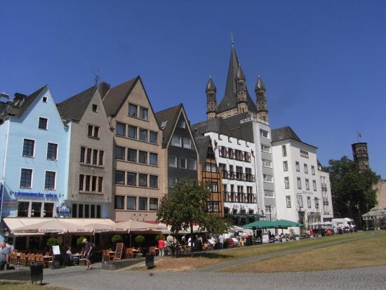 Altstadthotel Löwenbräu: Buildings near hotel Lowenbrau