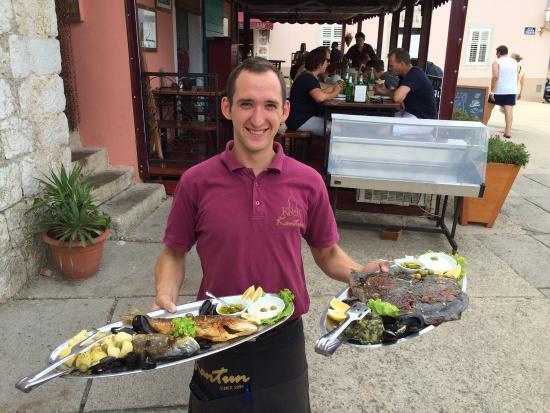 Krk, Kroatia: Every day fresh fish 😉