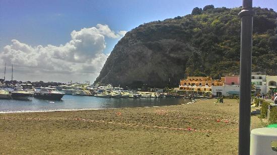 Sant'Angelo (Serrara Fontana): Spiaggia di San'Angelo