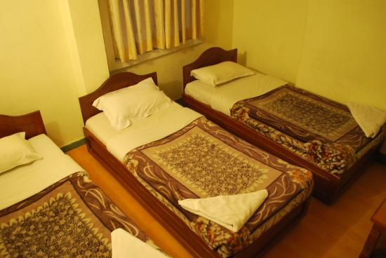 Hotel Potala: Triple Room