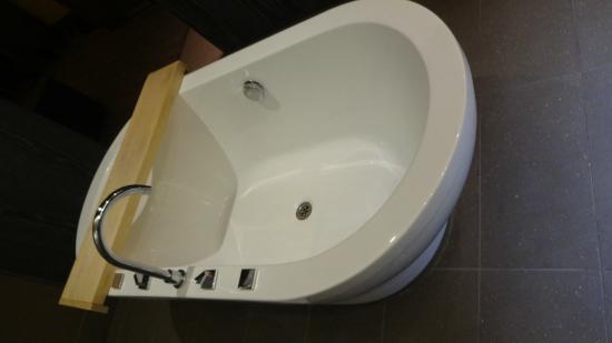 Enjoy Santiago Hotel del Valle: banheiro