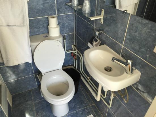 Tiquetonne: baño