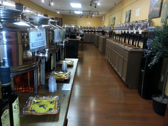 Olio Olive Oils & Balsamics: Impressive selection