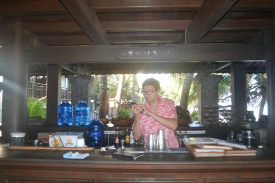 Novela Muine Resort & Spa: Временно оккупировал бар отеля