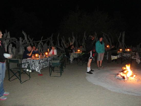 Baobab Ridge : Dinner in the boma