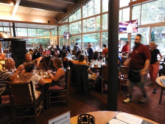 Yosemite Valley Lodge Mountain Room Restaurant