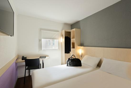 Ibis Budget Cannes Centre Ville : Chambre Twin