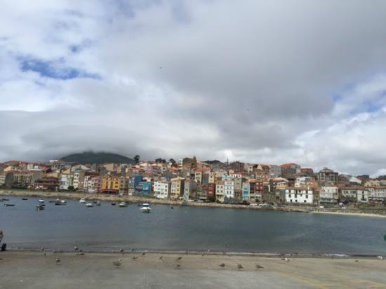 Hotel Monumento Convento de San Benito: Il porto di fronte all'albergo