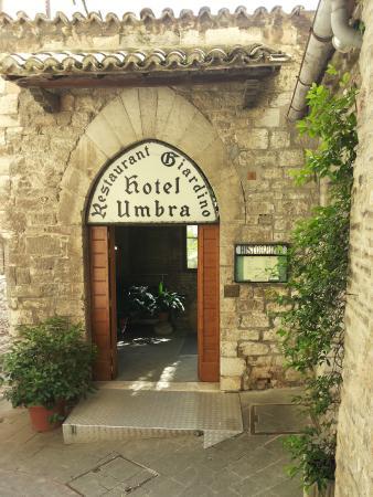 Hotel Umbra: Ingresso principale