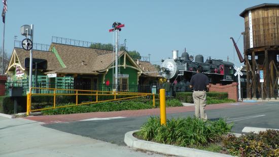 Lomita Railroad Museum: Lomita Railroad Station, California