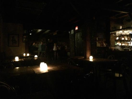 Drinks by candle light lafittes blacksmith lafittes blacksmith shop bar mozeypictures Image collections