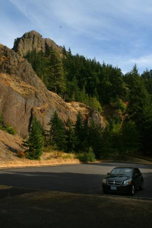Mosier, OR: Hills by Gorge.