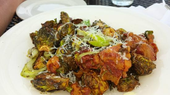 Harbor 22 Bar and Grill: brussel sprouts appetizer