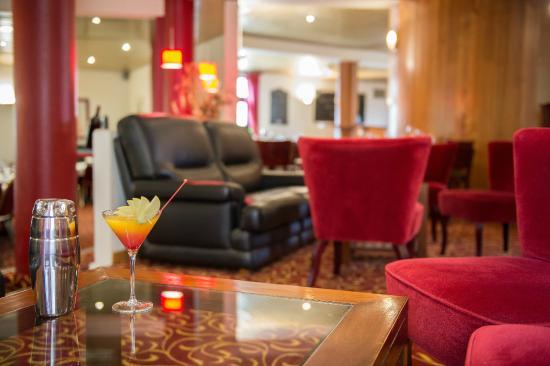 Espace Bar - Photo De Brit Hotel Angers Parc Expo