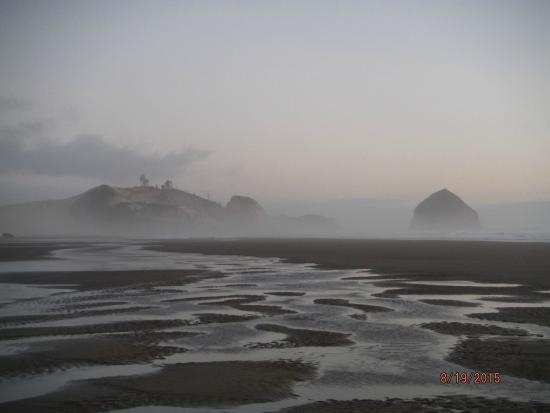 Cloverdale, OR: Cape Kiwanda from McPhillips Beach