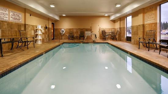 Best Western Plus University Inn: Indoor Heated Pool