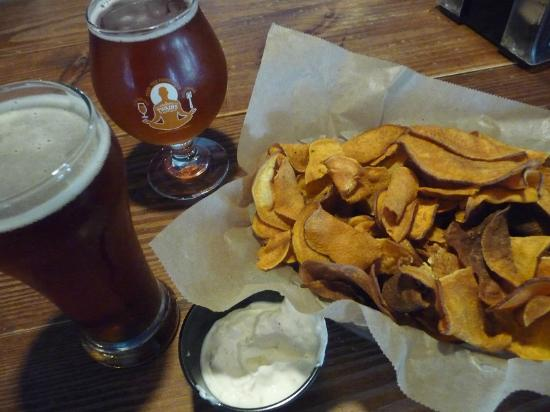 Twains Billiards & Tap: Tasty Craft Beer and Sweet Potato Chips