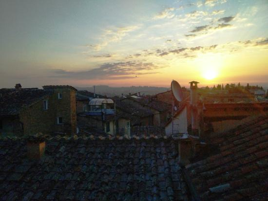 Hotel Antica Torre: Sunrise from room 126