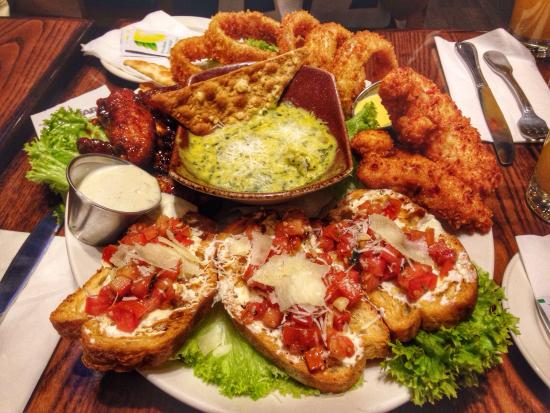 Hard Rock Cafe: Sharing combo platter was amazing