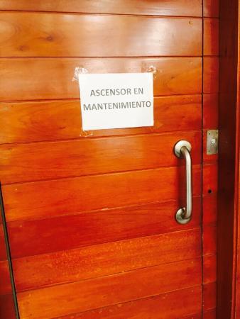 Victoria Regia Hotel & Suites: Ascensor malogrado 2 días