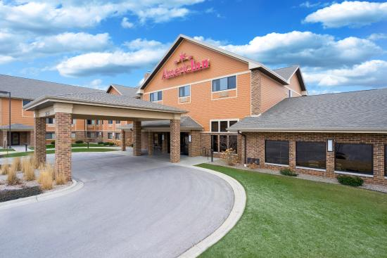 AmericInn Lodge & Suites Green Bay East