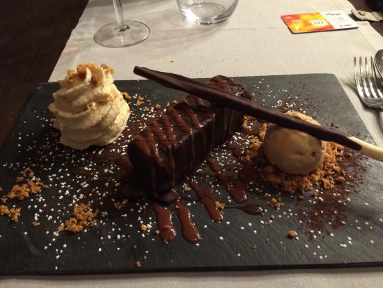Foie gras poil m daillons de veau barre chocolat e du chef foto van saint malo golf - Foto poile ...