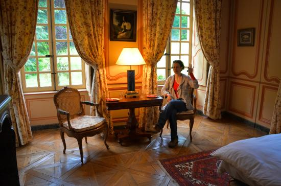 Négreville, France : Our room in the chateau