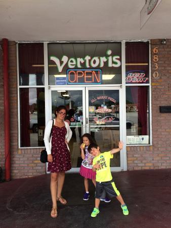 Vertoris Pizza House: photo0.jpg