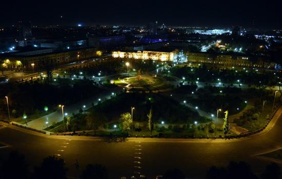 Hotel Uzbekistan: Вид с верхнего этажа хорош