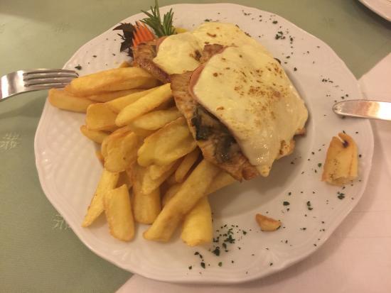 Nimrod Restaurant: photo2.jpg