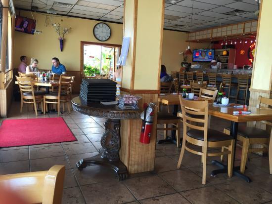 Thai Thai II Restaurant: photo0.jpg