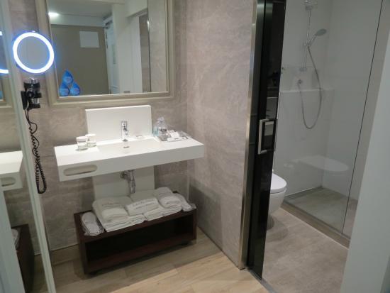 hotel catalonia passeig de gracia catalonia passeig de gracia o banheiro