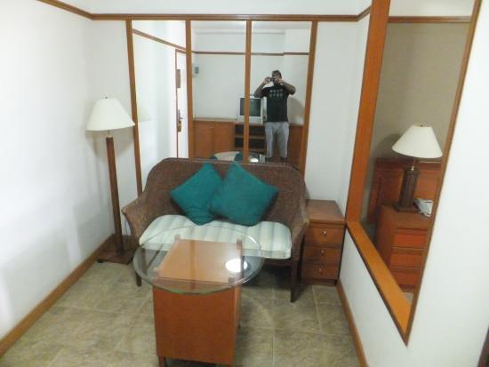 Viangbua Mansion: Room seating area