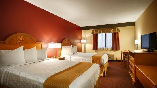 Best Western Shippensburg Hotel Guest Room Two Queen Beds